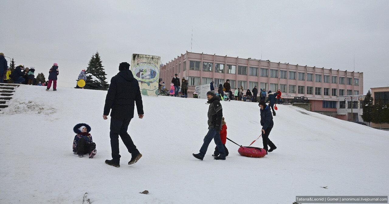 Детские зимние забавы