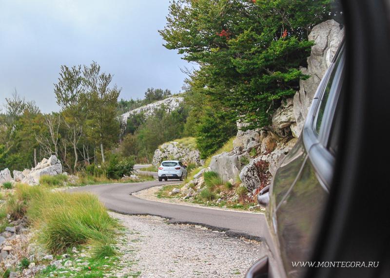 Путешествовать по Черногории удобнее всего на машине - личном, или арендованном