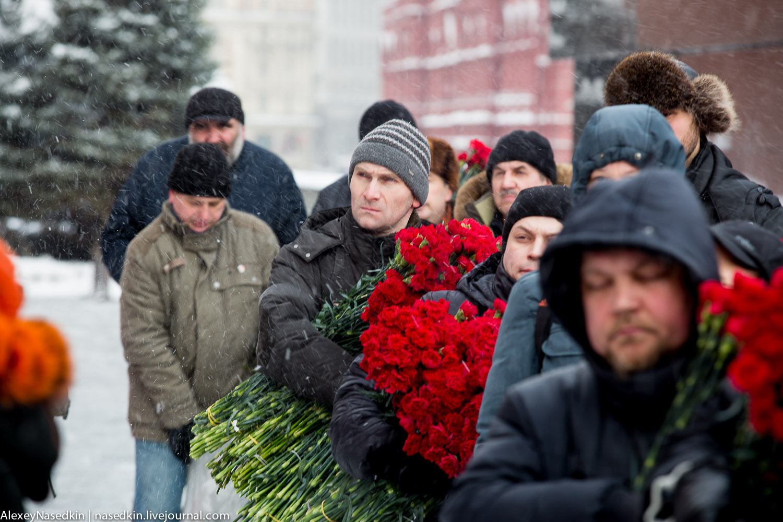 Москва торжественно помянула Сталина (фото) GA8A9915.jpg