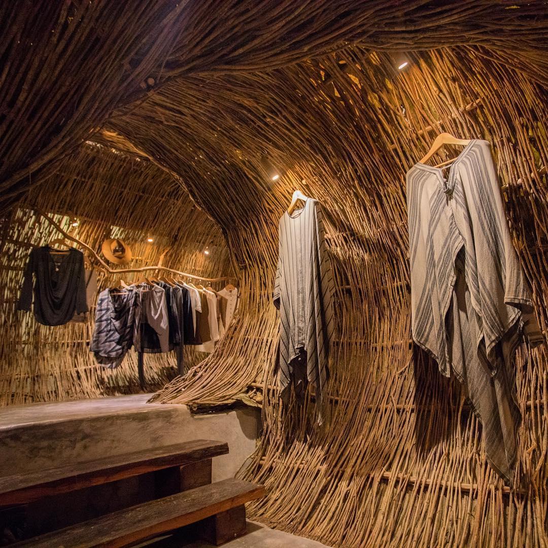 Organic Architecture of the ZAK IK Boutique in Tulum