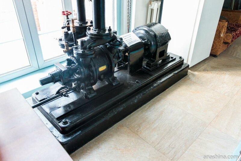 Вакуумный насос для откачки воздуха из всасывающей линии, Мытищинская насосная станция