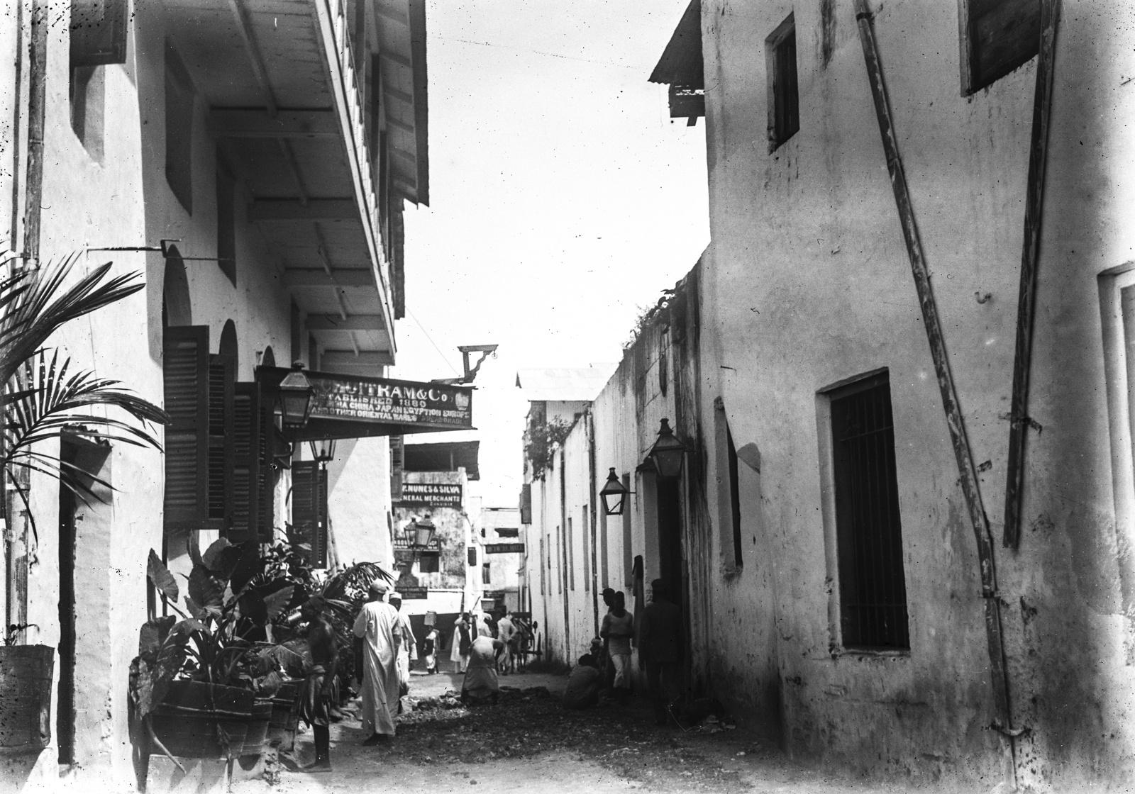 162. Улица в Дар-эс-Саламе
