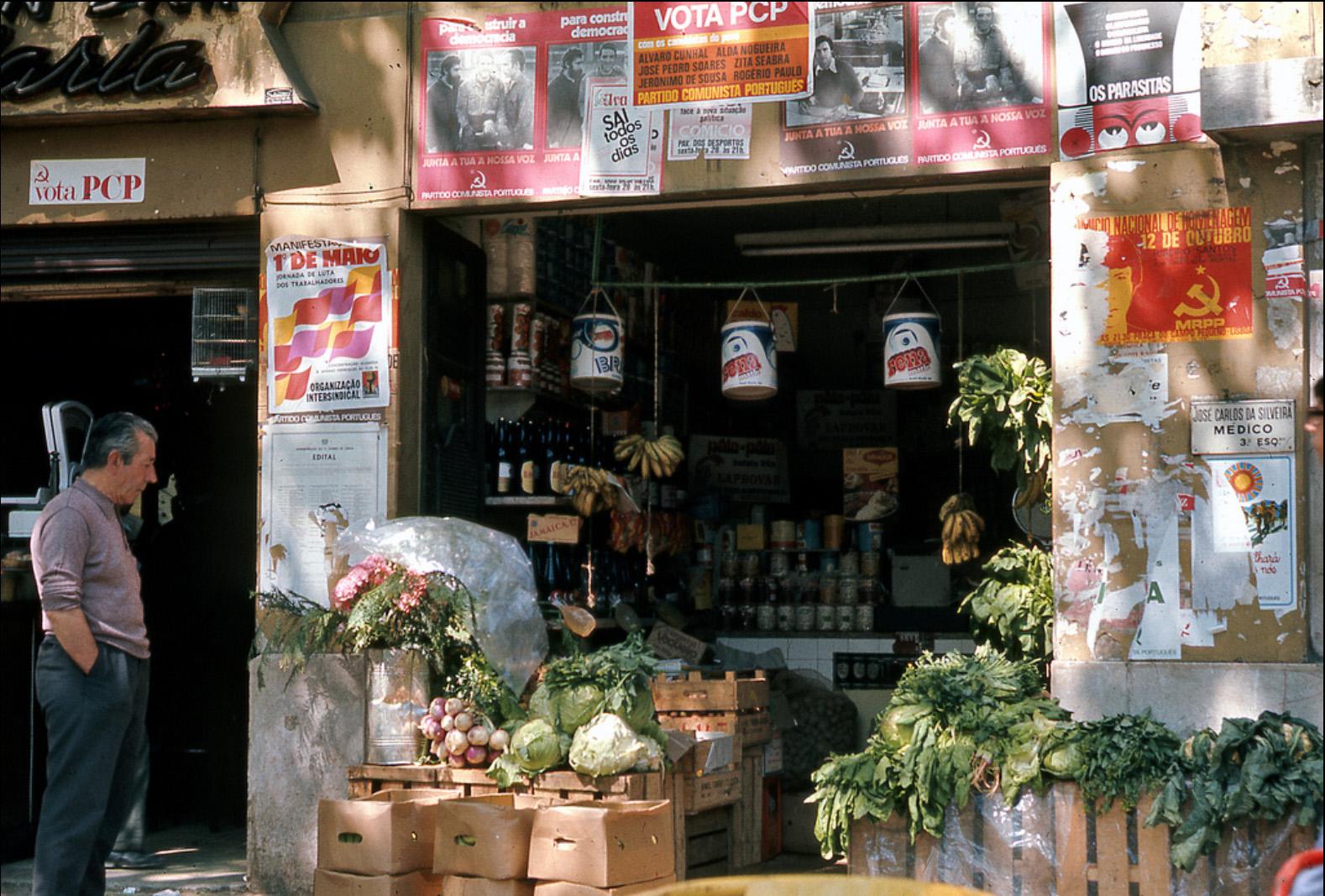 1975 Lisbon 1 mai5.jpg