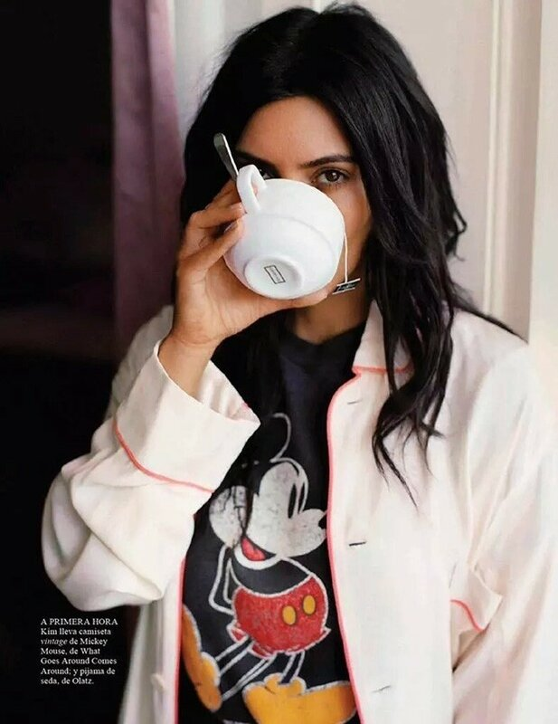 Kim-Kardashian-No-Makeup-Vogue-Spain-Photo-Shoot04-800x1444.jpg