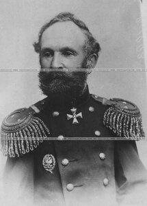 Генерал-майор артиллерии в сюртуке (портрет).