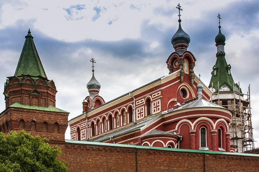 Монастырские купола