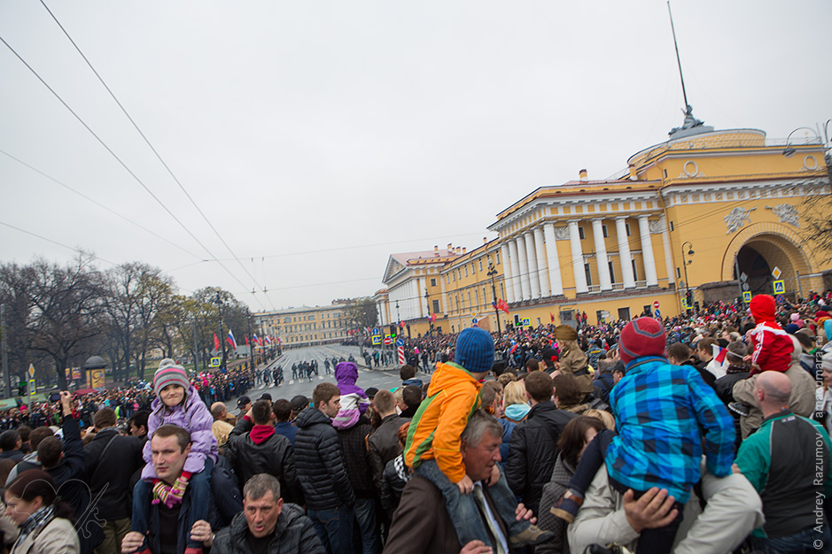 Парад 9 мая на Дворцовой площади