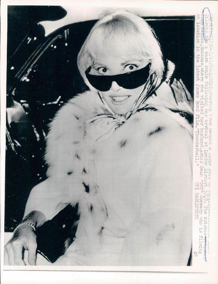 1965. Австралийская актриса Диана Чиленто, жена Шона Коннери