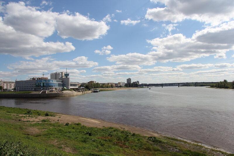 Вид на реку Иртыш с Набережной Тухачевского