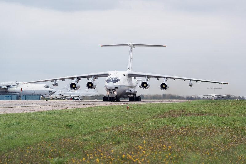 Ильюшин Ил-78М (RF-94270 / 32 синий) ВВС России D802715
