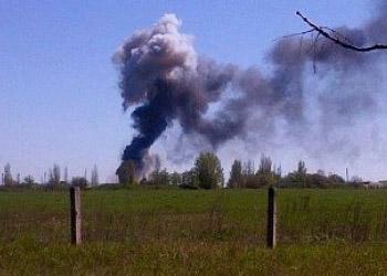 На аэродроме Краматорска после обстрела взорвался вертолет