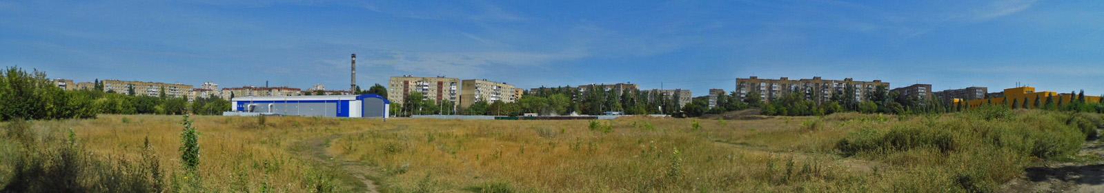 Смотрим панораму улицы Щетинина: строительство автостанции, ледовая арена и супермаркет фото