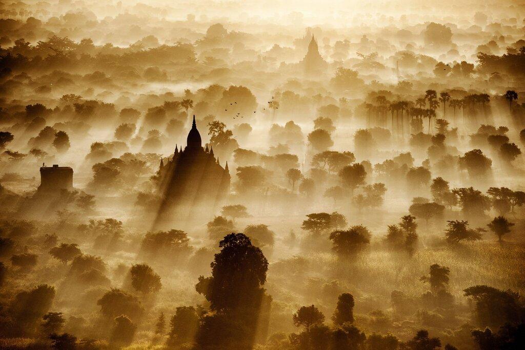 Рассвет в Бирме
