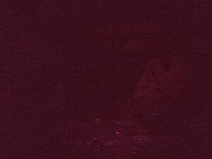 Налобный фонарь с сенсором - Olight H15 WAVE, в режиме красного света фотография отредактирована, максимально приближена к тому что я видел на глаз.