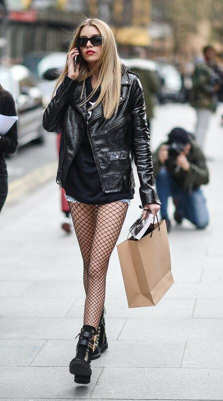 Стелла Максвелл во время Недели моды в Лондоне