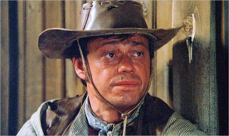 Николай Караченцов должен был играть Черного Джека. Но, прочитав сценарий, актер решил, что будет он