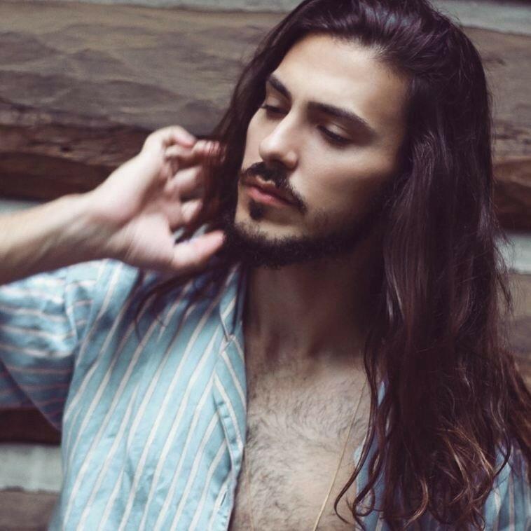 длинноволосые-мужчины-фото12.jpg