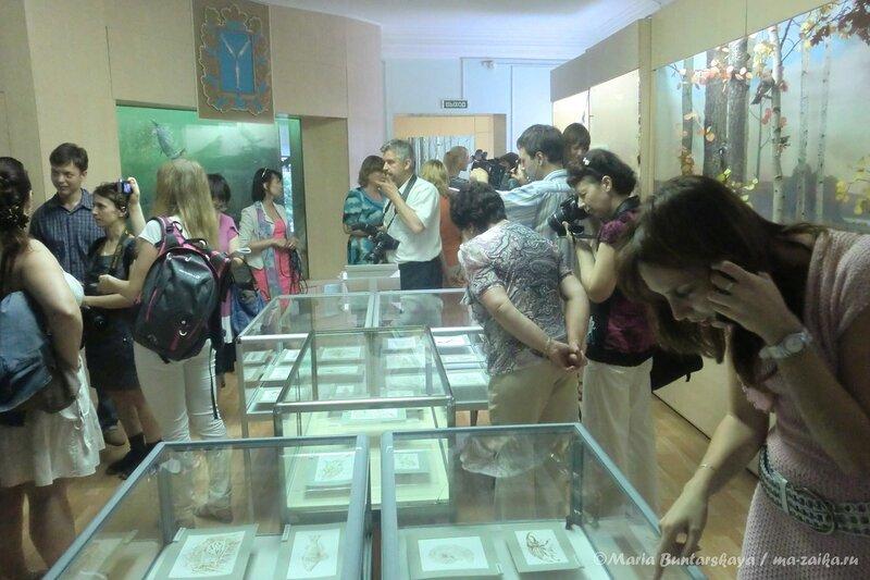 Выставка пирографии Агаты и Святослава Вершининых 'Нарисовано огнём', Саратов, 30 мая 2013 года