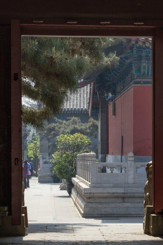 Монастырский двор, храм Белого облака, Пекин