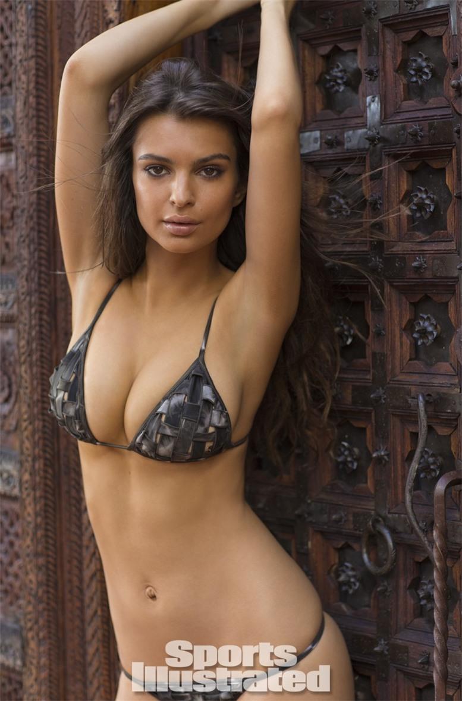 Emily Ratajkowski / Эмили Ратажковски в купальниках Sports Illustrated Swimsuit 2014