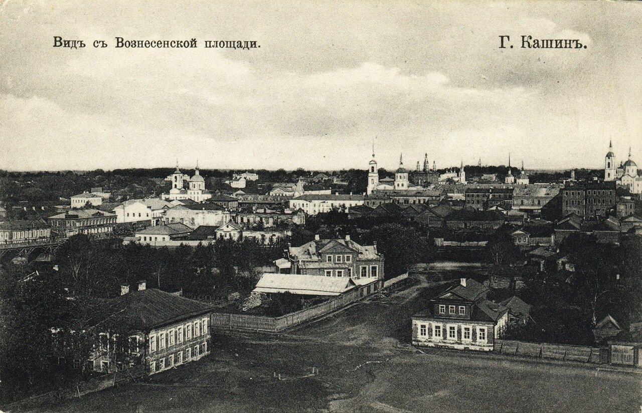 Вид с Вознесенской площади