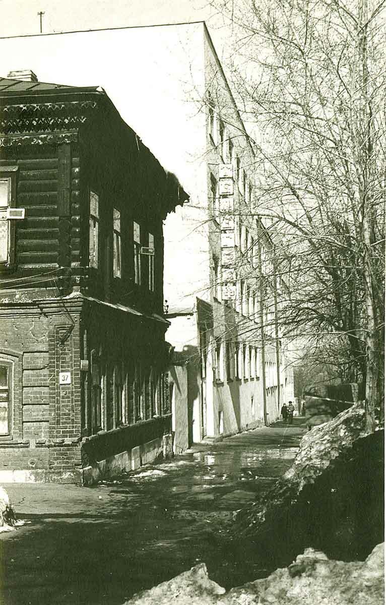 Угол ул.25-го Октября и ул.Кирова