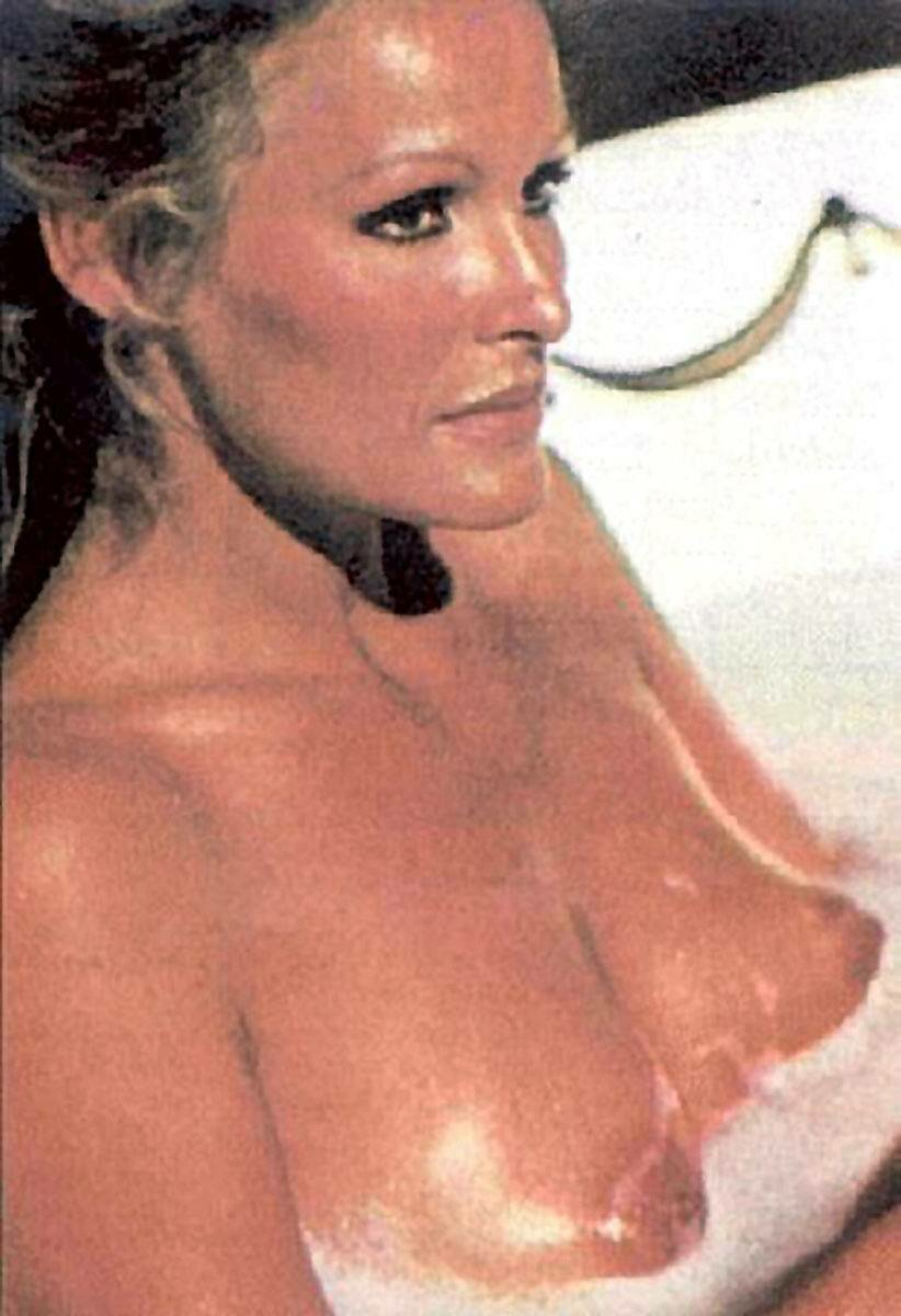 Humus The Special Edition Ursula Andress Reply