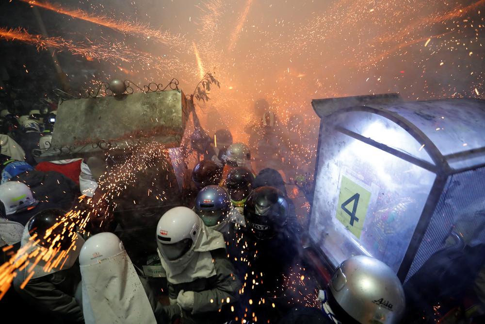 Тайвань фестиваль петард