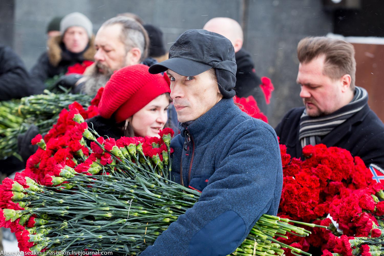Москва торжественно помянула Сталина (фото) GA8A9907.jpg