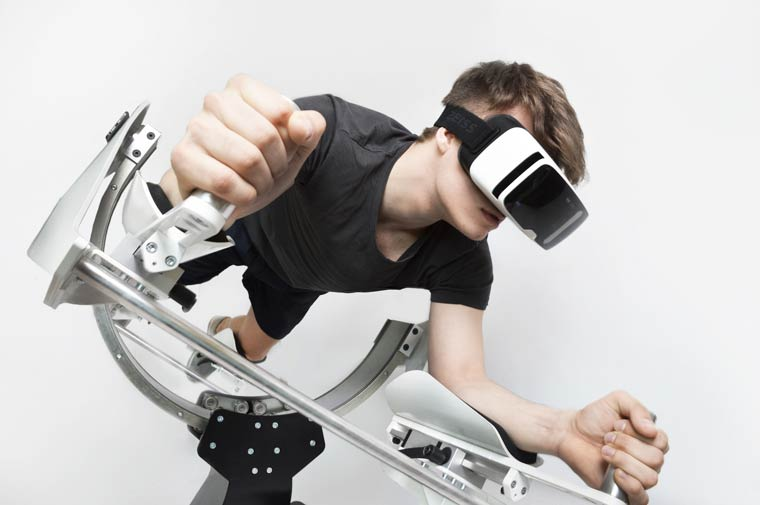 Icaros – Burning calories with virtual reality (9 pics)