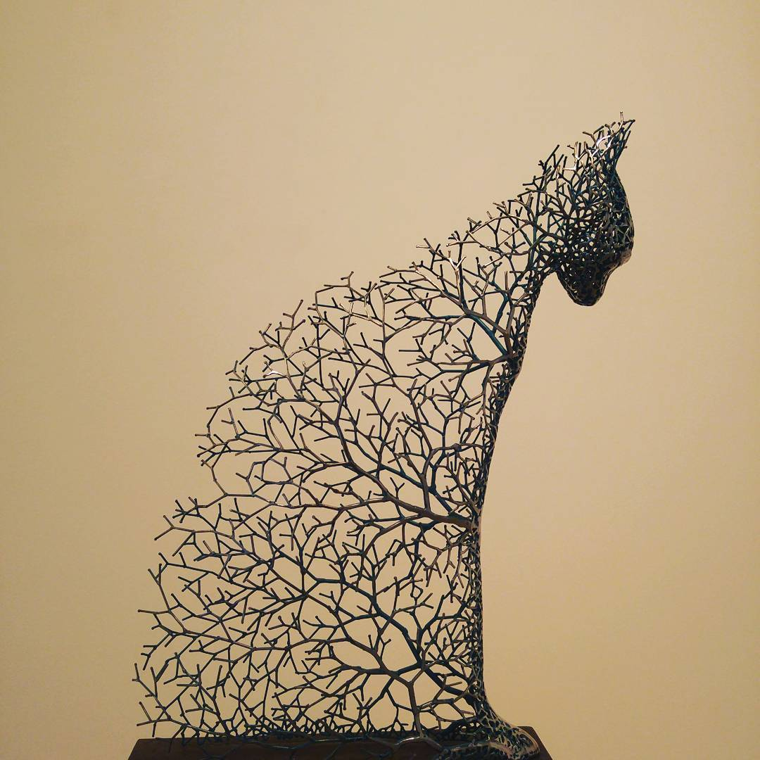 Hollow Animal Sculptures Constructed From a Network of Metal Branches by Kang Dong Hyun (9 pics)