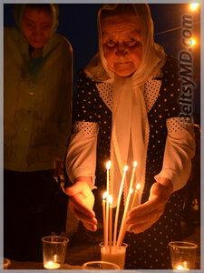 Память о начале войны — 1418 свечей зажгли в Бельцах