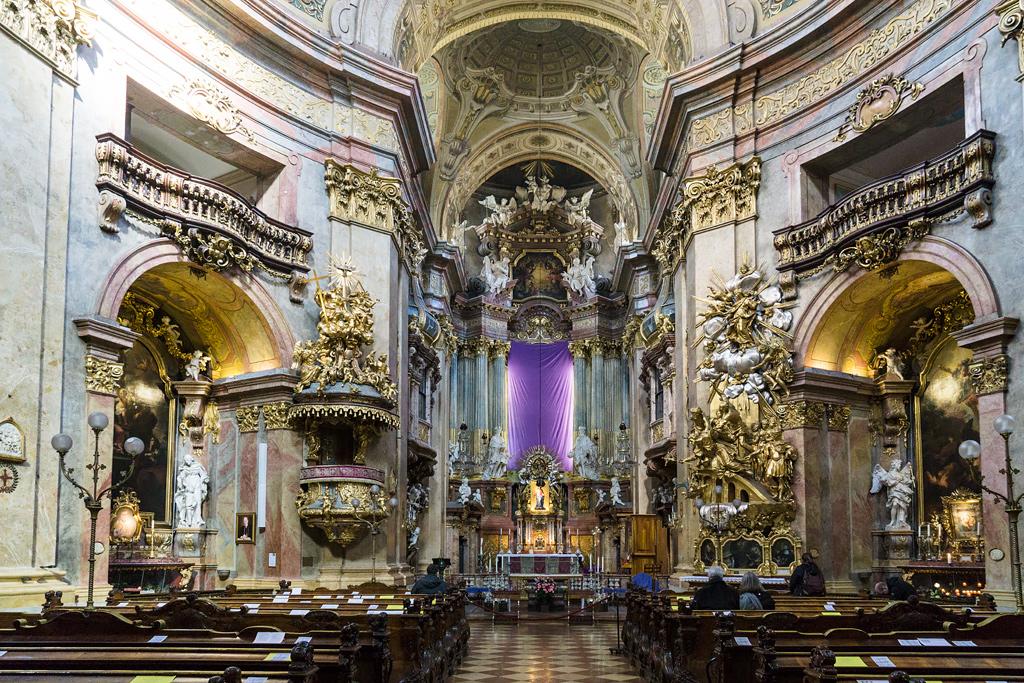 Церковь св. Петра в Вене