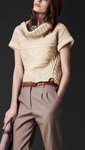Араны поперек - свитер спицами от Burberry