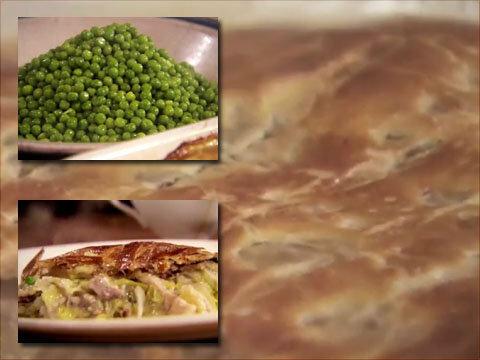 Как подать пирог с луком и мясом индейки