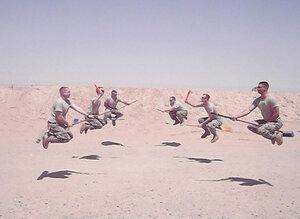 Американские солдаты играющие в квиддич