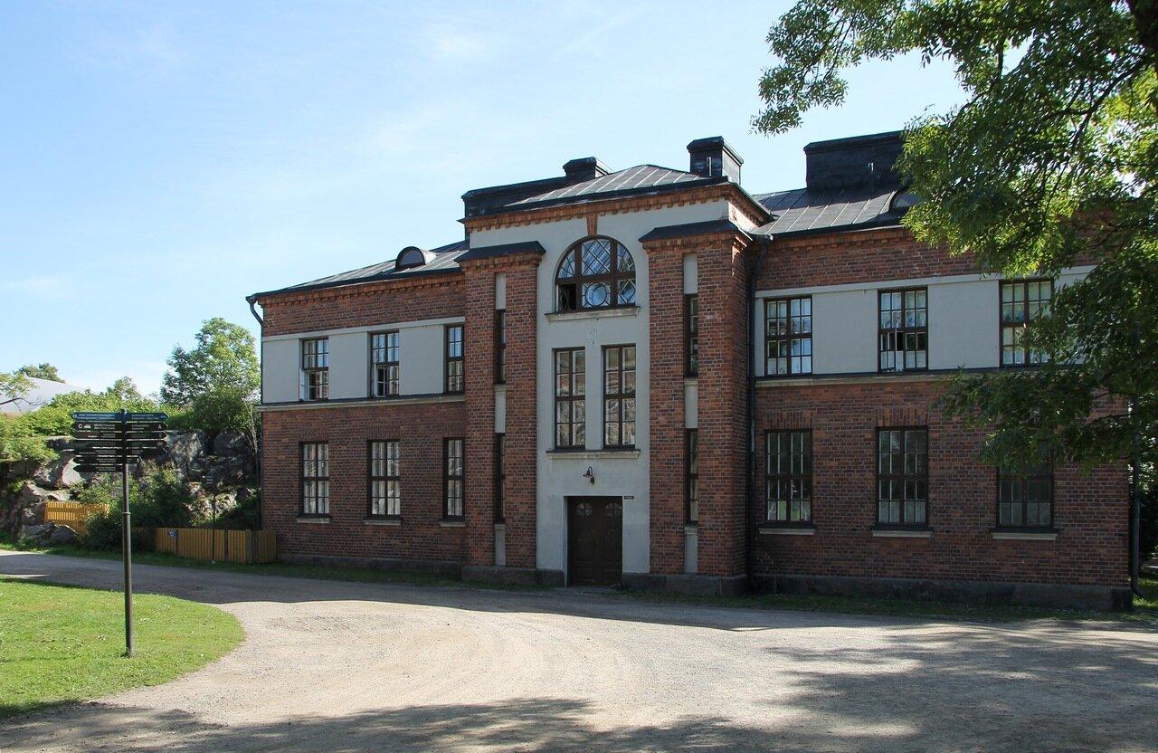 Suomenlinna castle, Sweaborg, Susisaari, Крепость Суоменлинна, остров Сусисаари,студия керамики Pot Viapori