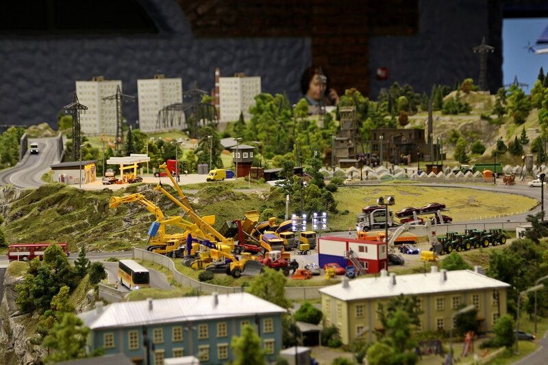 Гранд макет: стоянка строительной техники на окраине города
