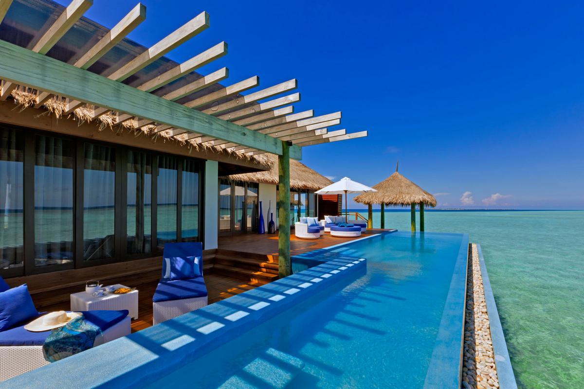 Velassaru, отель Velassaru, отель на Мальдивах, отель для молодоженов, отель для свадебного путешествия, свадебное путешествие на Мальдивах