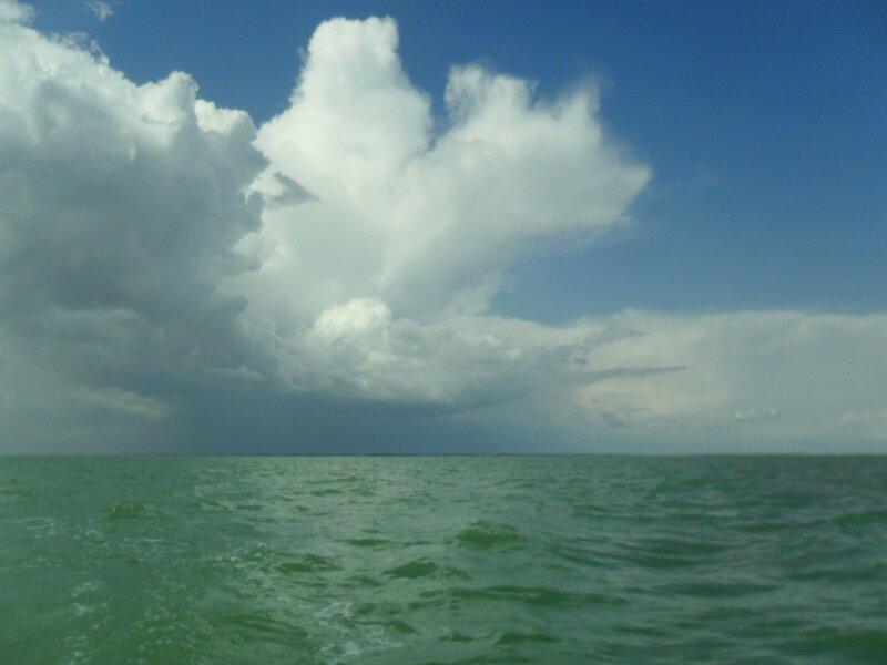 В июне, на яхте