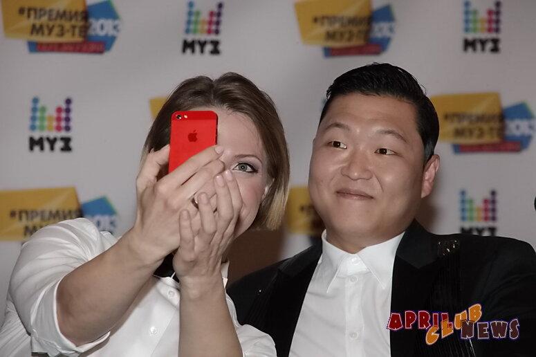 Яна Чурикова оказалась фанаткой южнокорейского певца PSY
