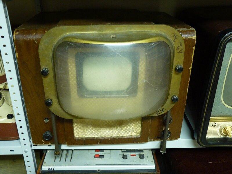 Остров. Выставка телерадиоаппаратуры прошлых лет