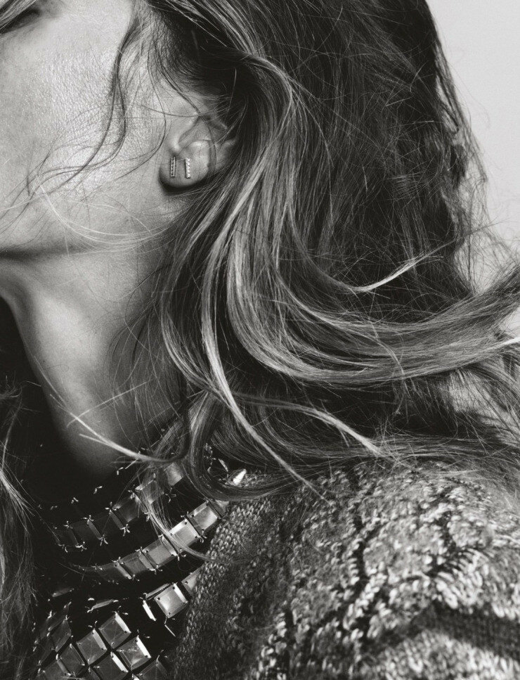 gisele-bc3bcndchen-by-harley-weir-for-pop-magazine-fall-winter-2015-5.jpg