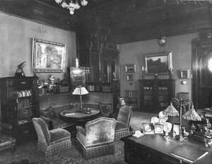 Вид кабинета в особняке И.Д.Бонштедта.
