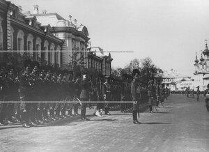 Парад конногренадер на храмовом празднике Конно-гренадерского полка.