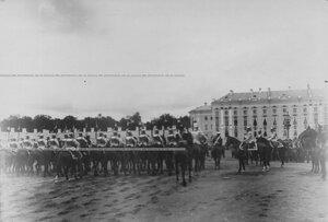 Церемониальный марш кирасир  на параде  по случаю  200-летнего юбилея полка.