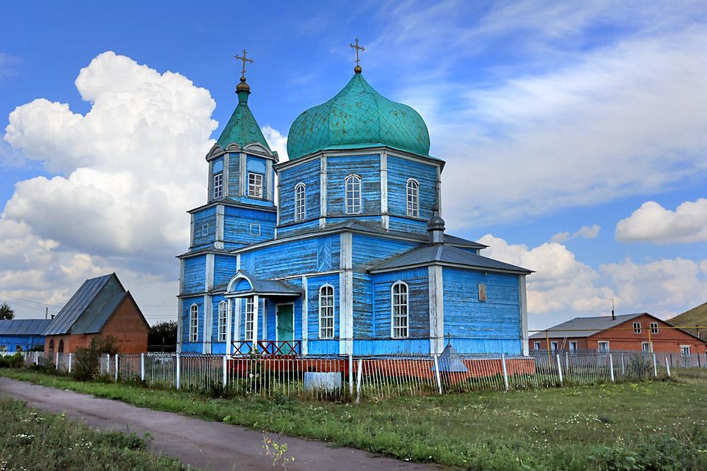 в селе Малое Ишуткино...........