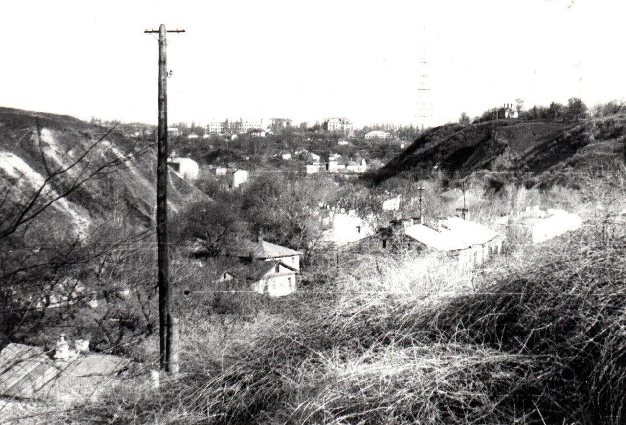 На ул. Гончарной 1986