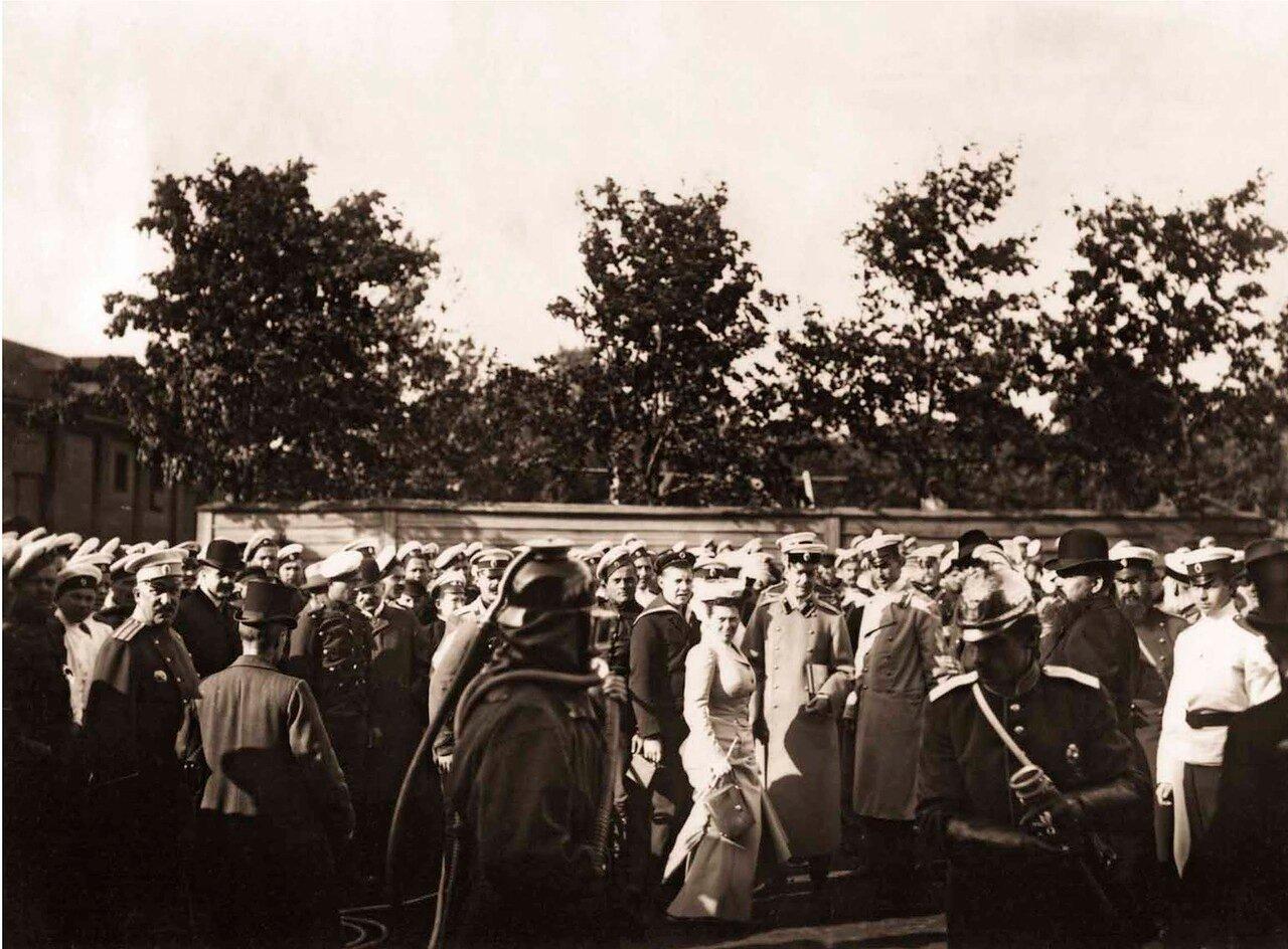 1909. На пожарных учениях Александровско-Редкокузьминской Пожарной Дружины в Царском Селе.