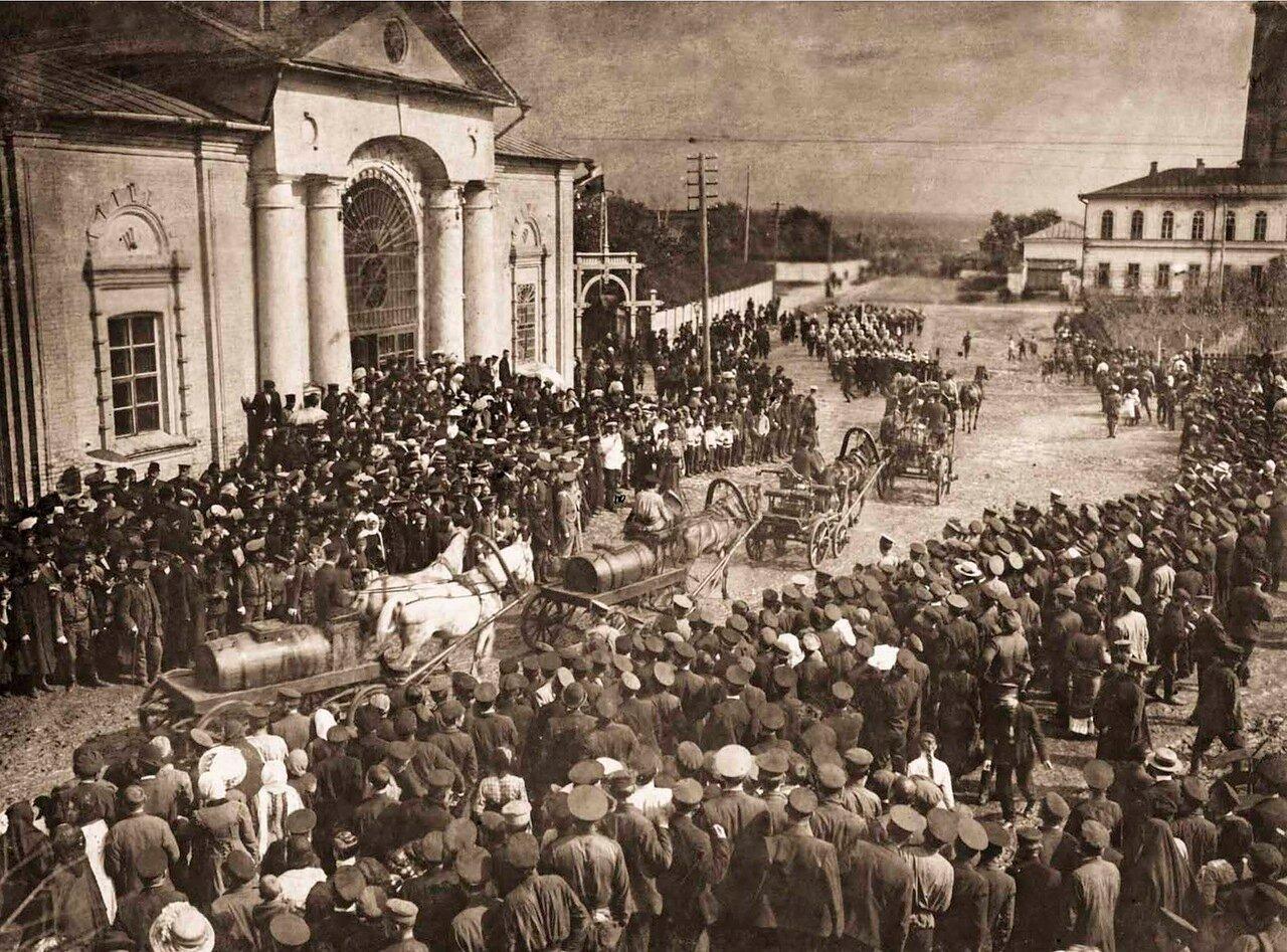 1910. Парад Козловской Добровольной Пожарной Дружины в день праздника Дружины.